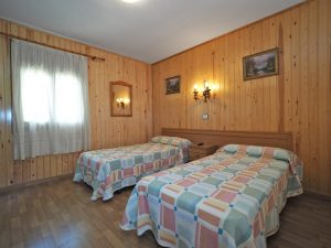 habitacion doble, hostal pirineos